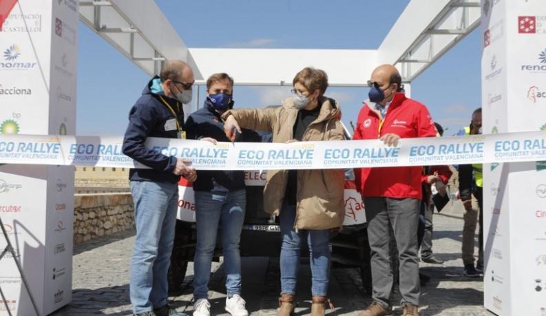 El Eco Rallye de la Comunitat Valenciana ha afrontado hoy su primera etapa por las carreteras castellonenses