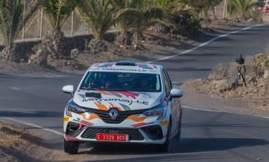 Fuentes, con el Renault Clio Rally4 en el 'Isla Tenerife'